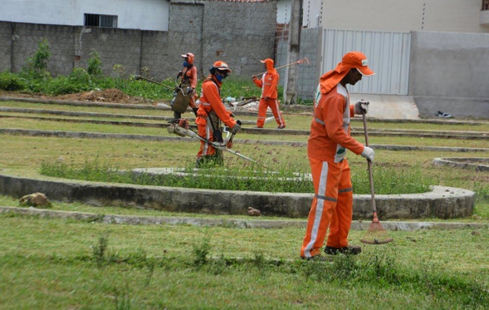 Prefeitura realiza limpeza em vias públicas | Prefeitura de Macaíba